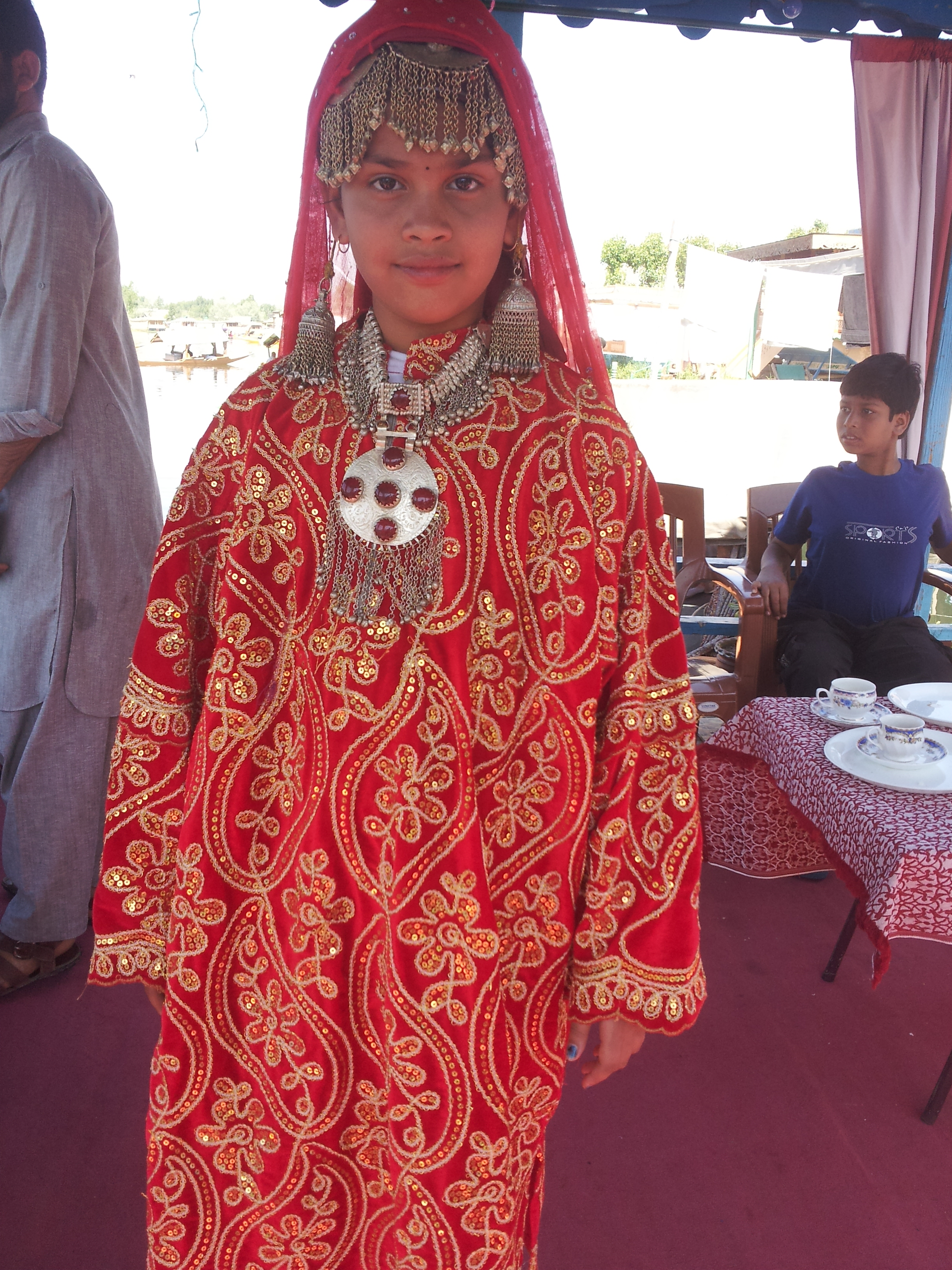 Kashmiri dress images