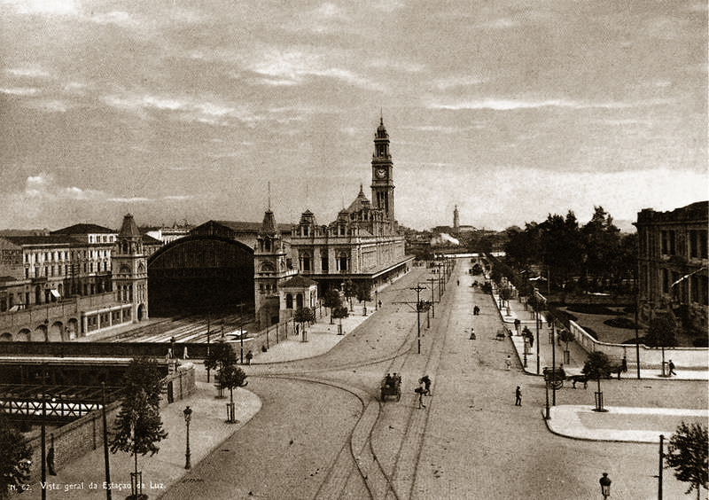 Ficheiro:Guilherme Gaensly - Estação da Luz, c. 1900.jpg