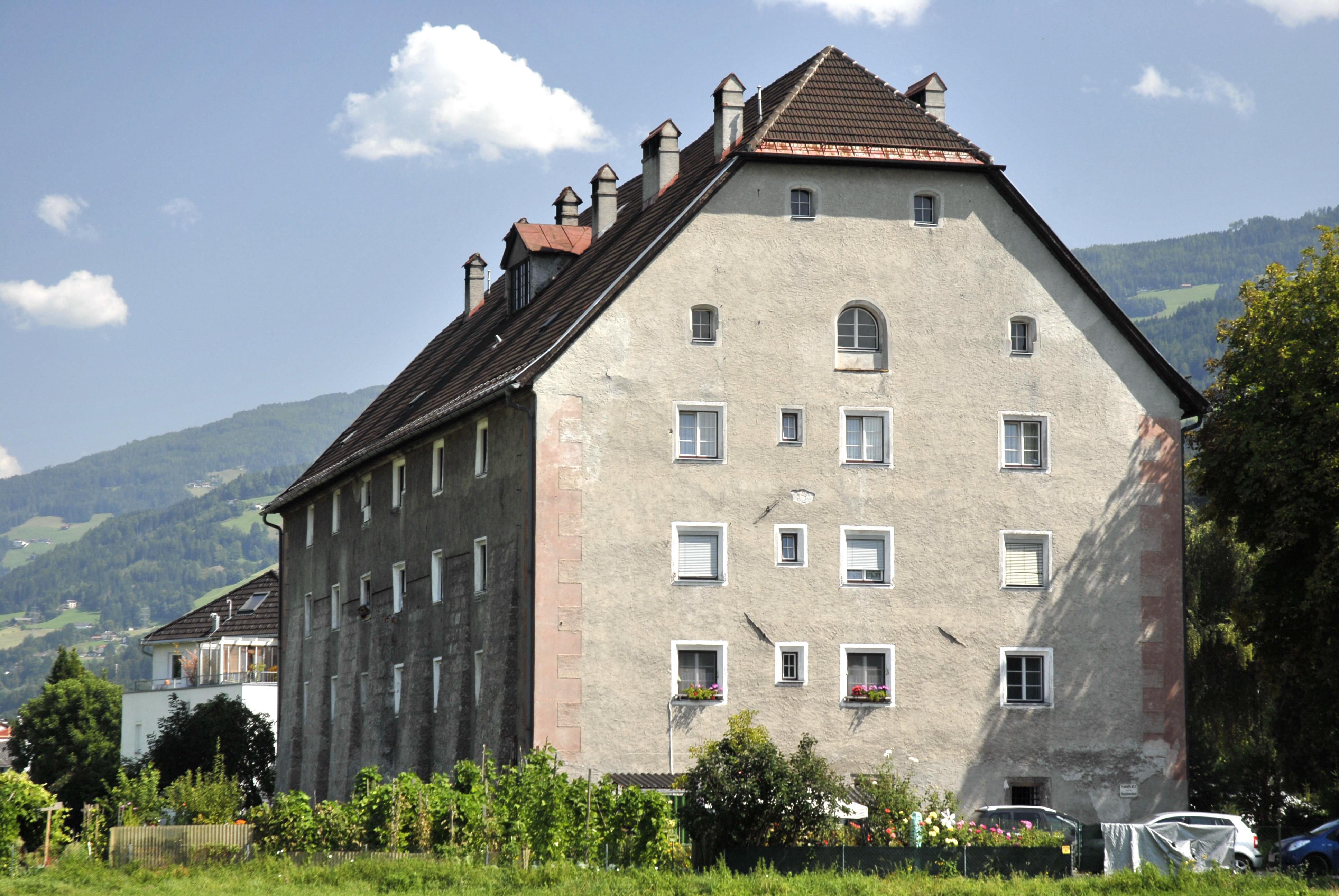 Datei:Hall in Tirol, Haus Frstengasse zarell.com Wikipedia