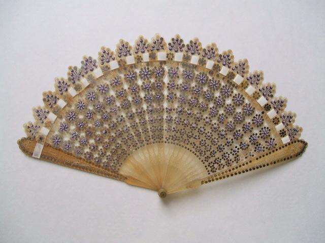 Fan - Women's Regency Fashion & Dress - Philippa Jane Keyworth - Regency Romance Author