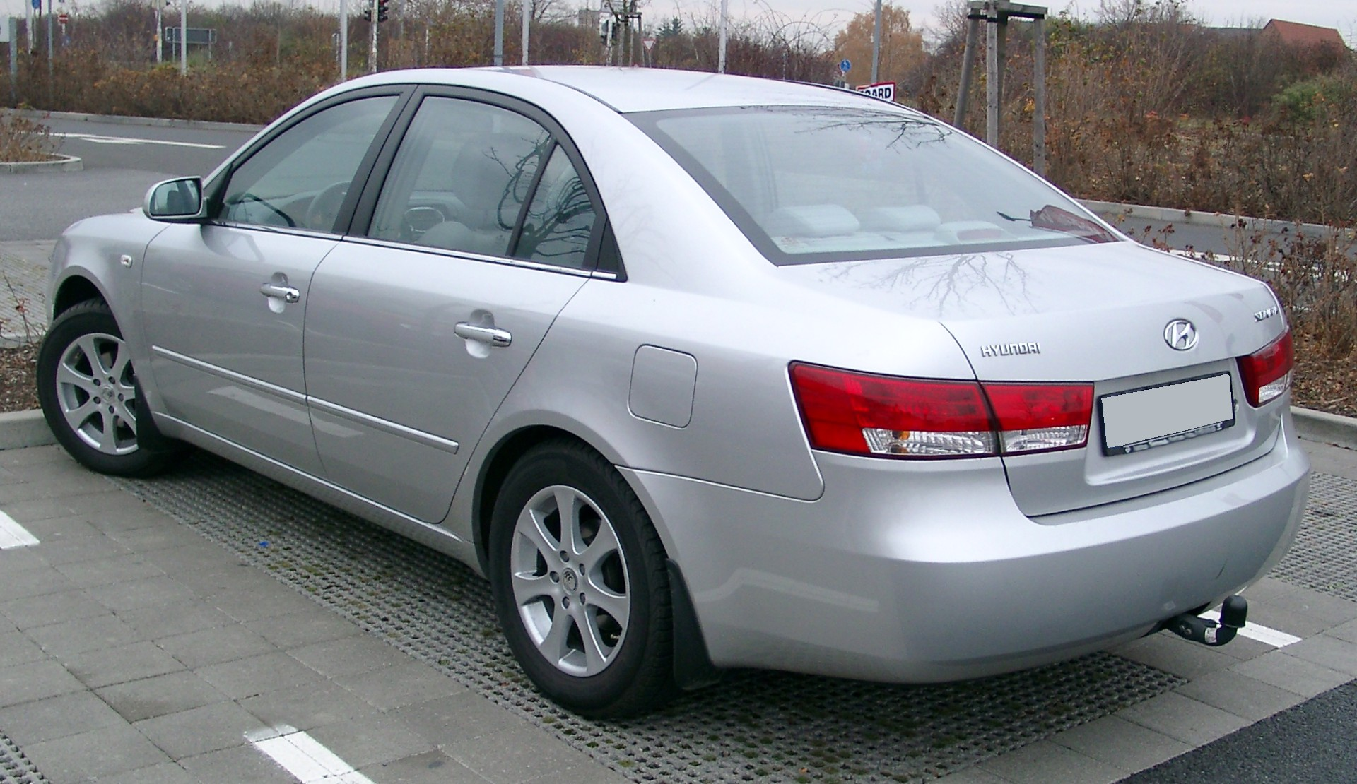 File Hyundai Sonata Rear 20071119 Jpg Wikimedia Commons