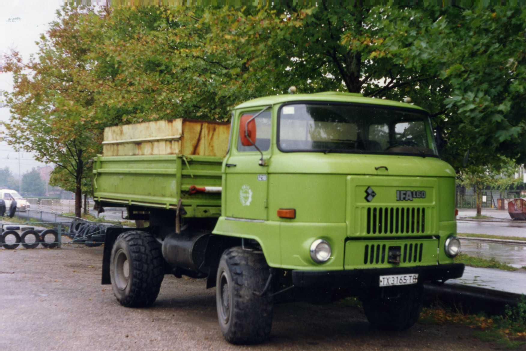 Ifa Truck Pics Hd: File:IFA L60 Truck In Dobrich, Bulgaria, October 1993.jpg