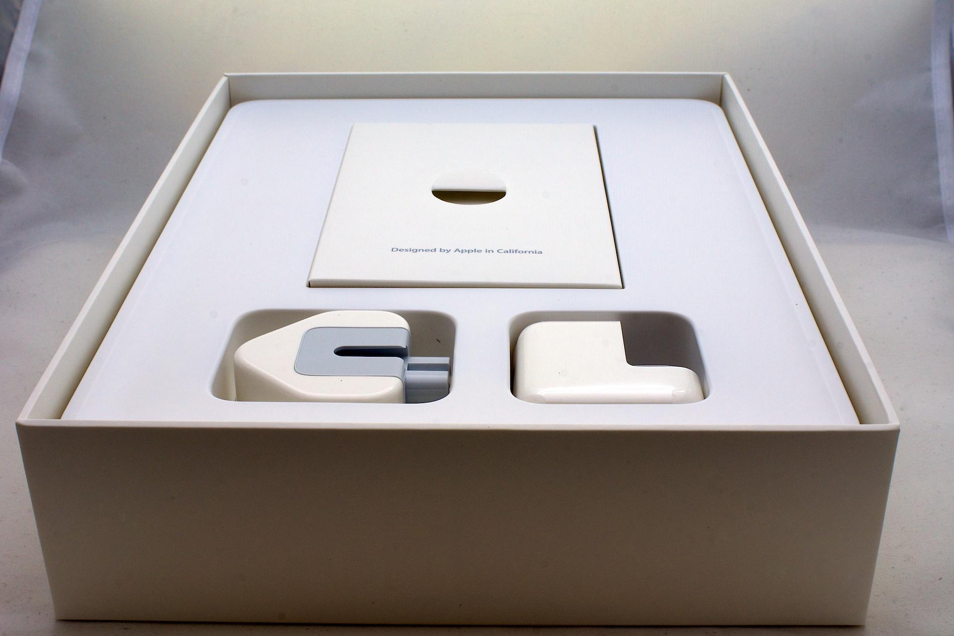 Apple Ipad 3 Box File:ipad 3 Box Contents.jpg