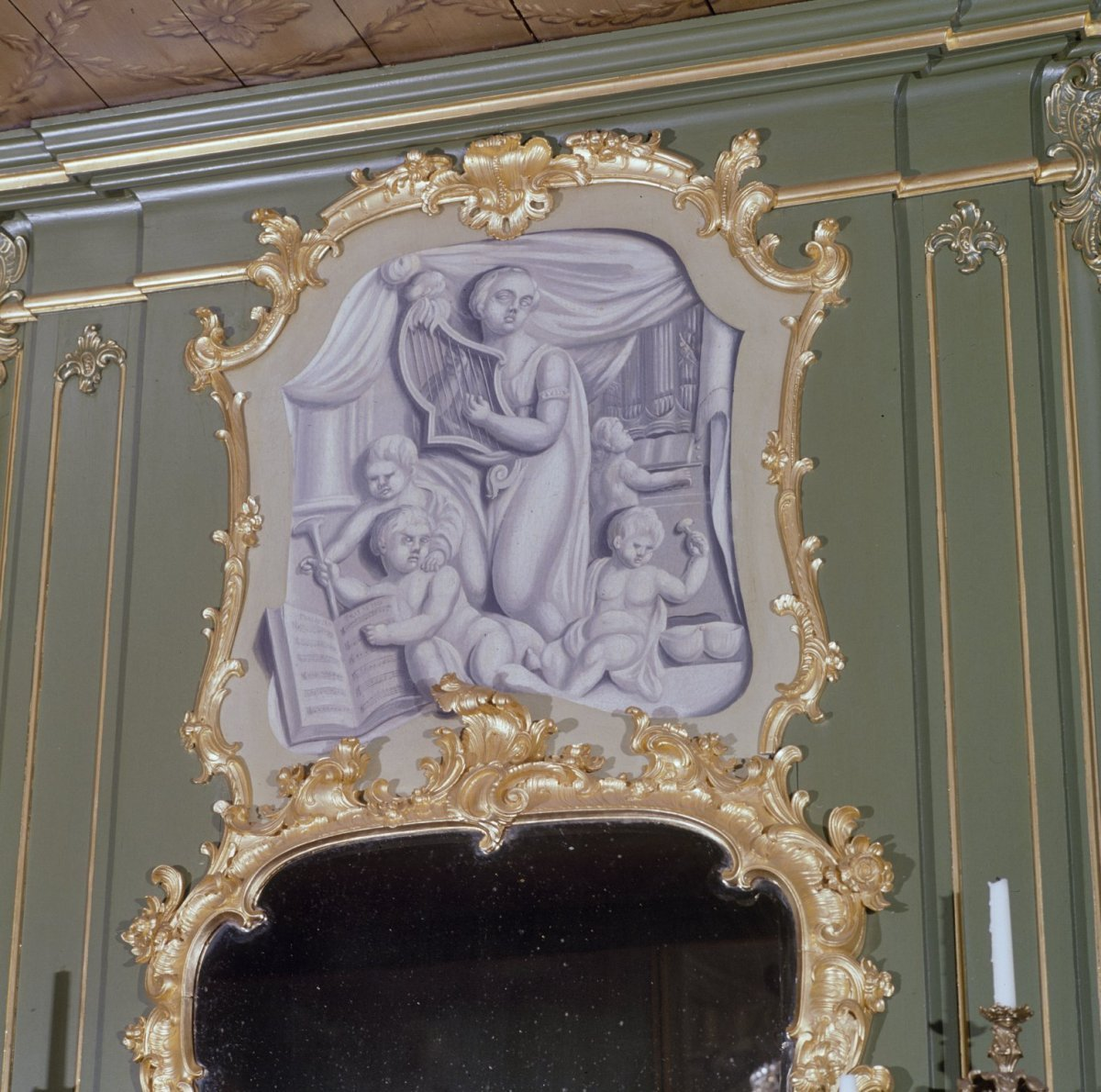 File interieur raadzaal schilderstuk zogenaamd witje for Interieur 605