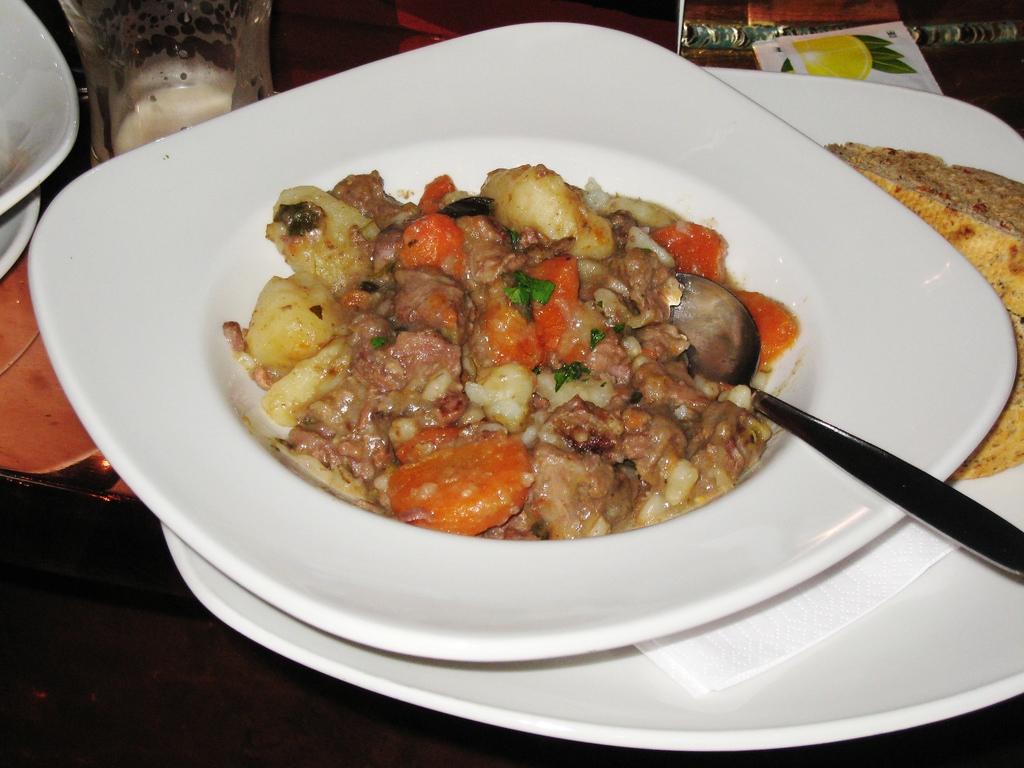 File:Irish stew.jpg - Wikimedia Commons