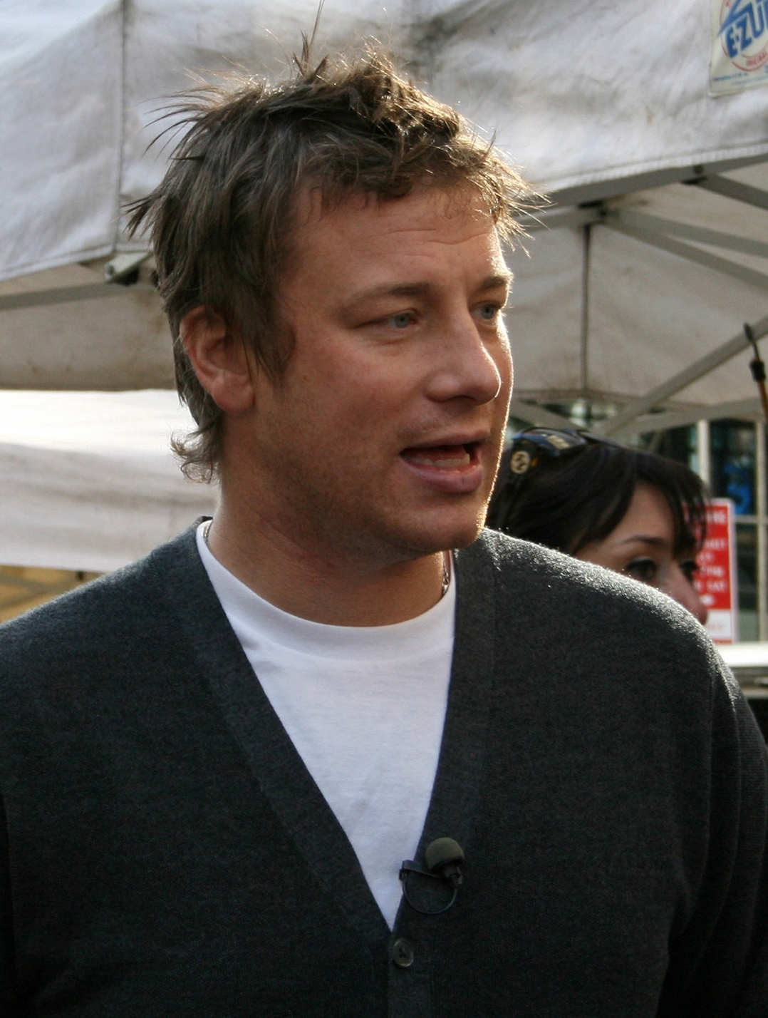 jamie oliver how tall