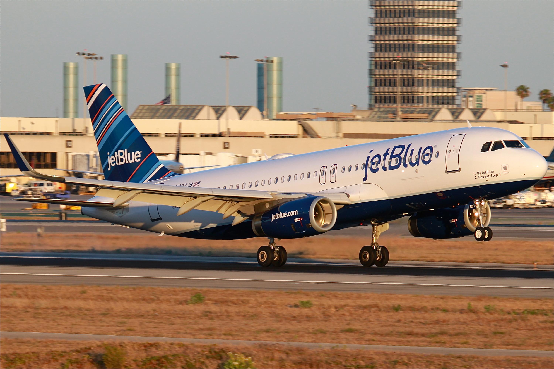 Resultado de imagen para jetblue A320 png