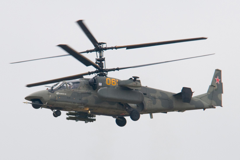 Вертолёт Ka-52 http://en.wikipedia.org/wiki/Kamov_Ka-50 - В армиях ВС России появятся свои вертолётные полки | Военно-исторический портал Warspot.ru