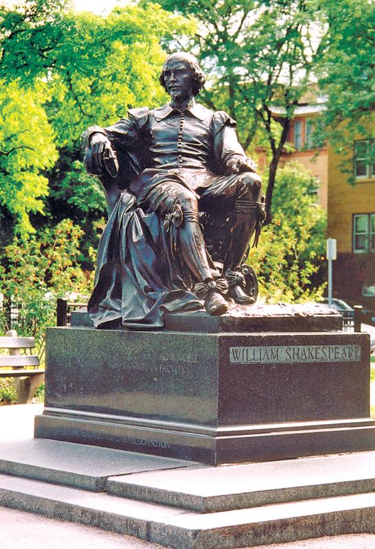 Statute in Chicago's Lincoln Park