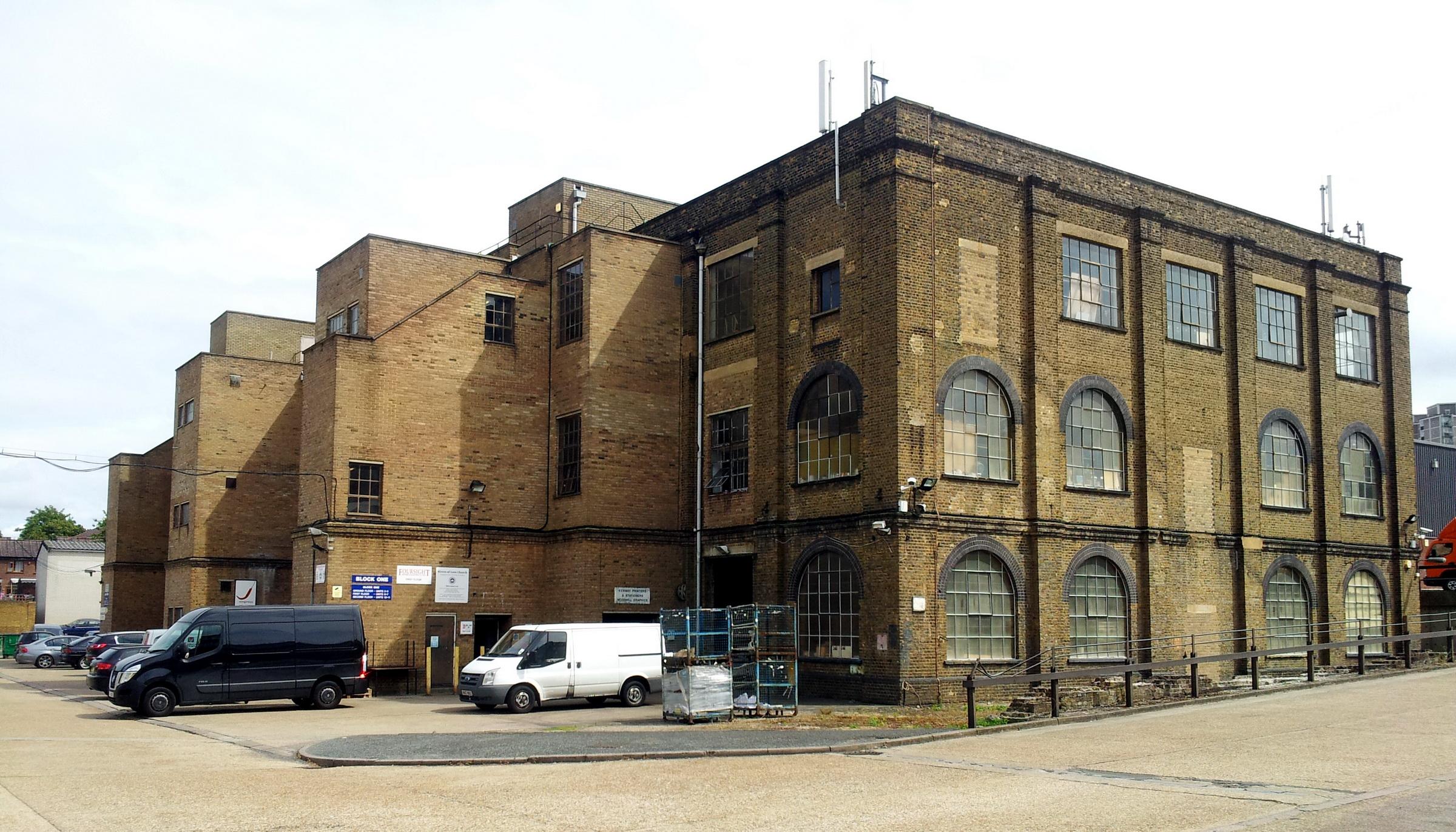 ... , Woolwich Dockyard, old factory building 2.jpg - Wikimedia Commons Old Factory Building