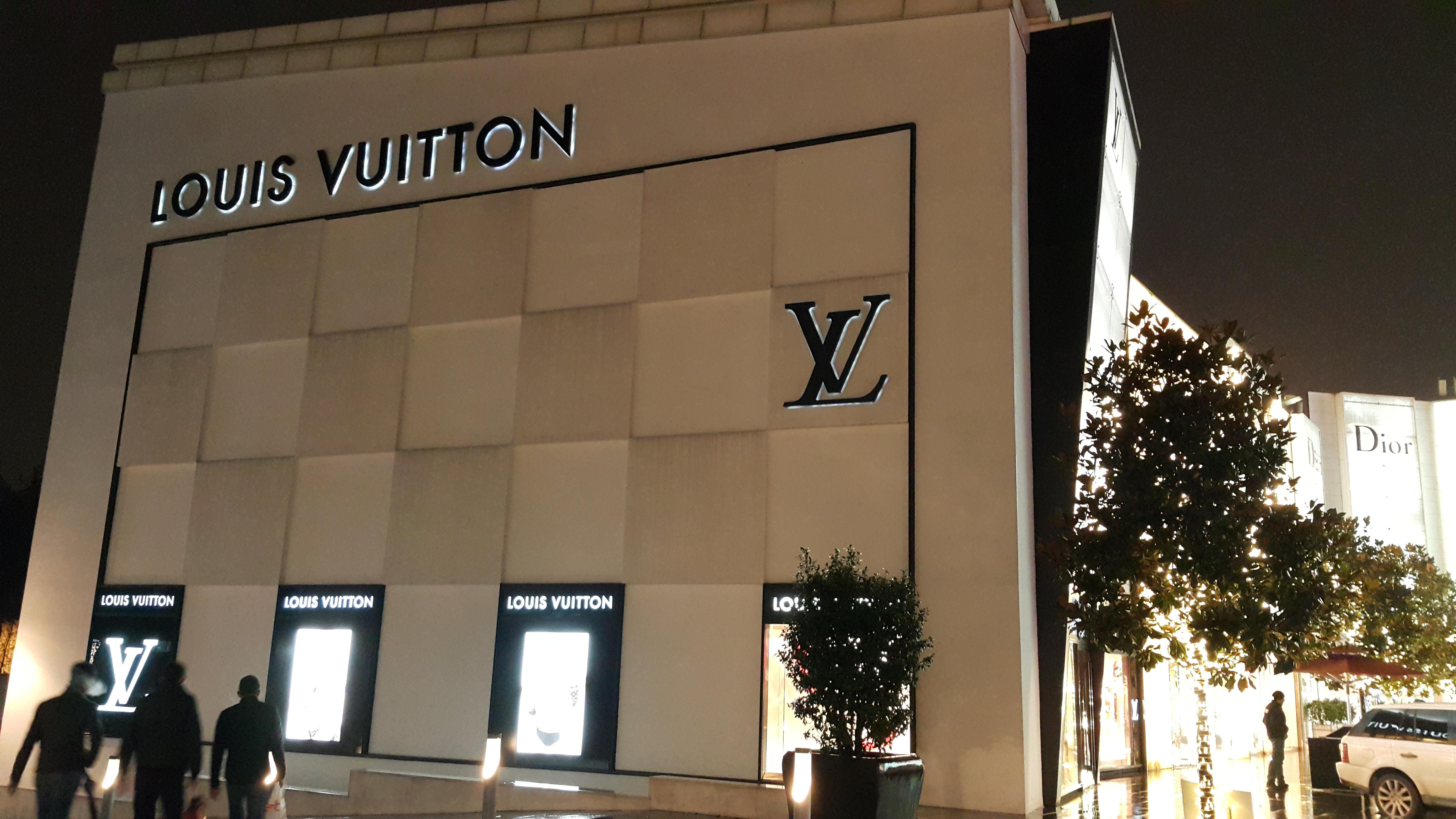 Louis Vuitton Store Long Island