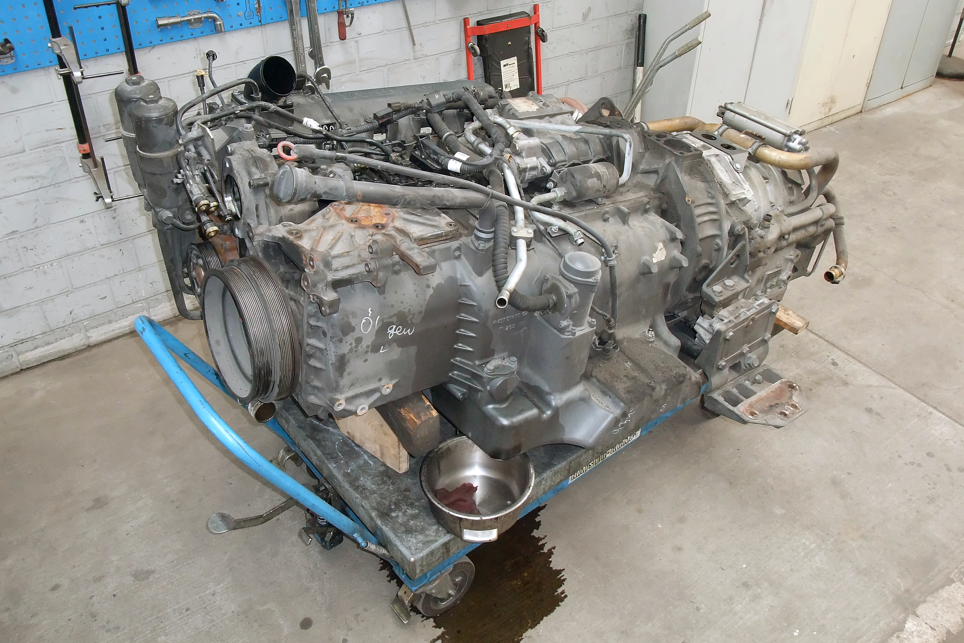 Mercedes-Benz OM457 engine - Wikipedia