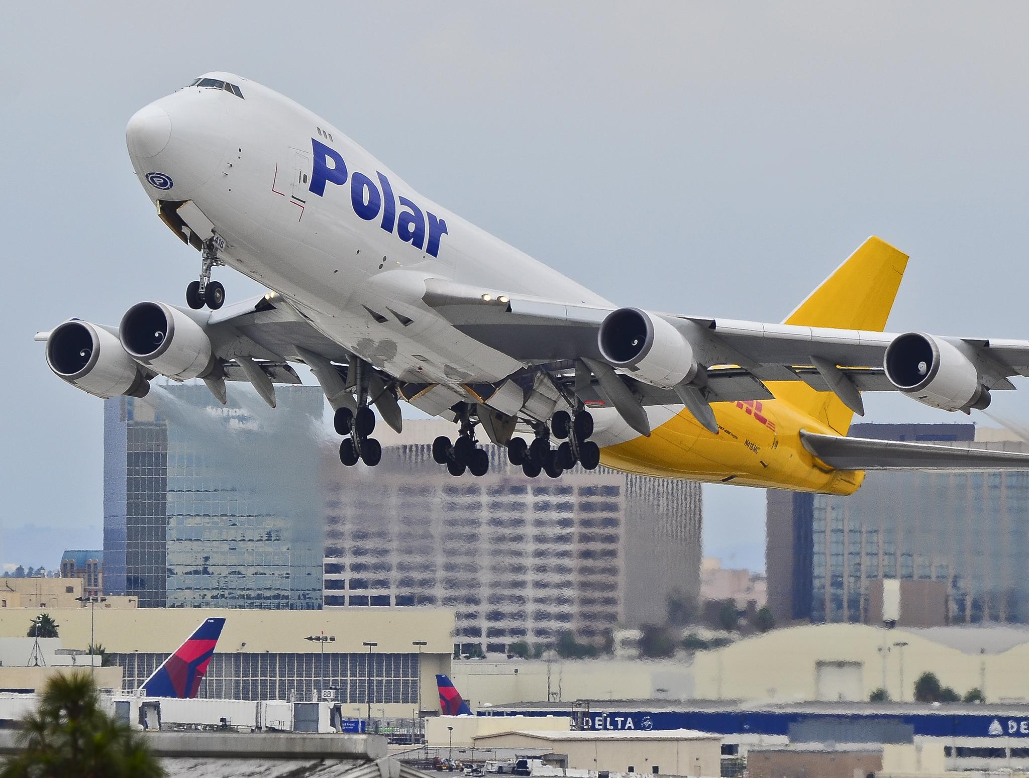 File:N416MC Polar Air Cargo (DHL) Boeing 747-47UF-SCD (cn