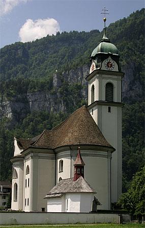 Datei:Naefels-Kirche.jpg