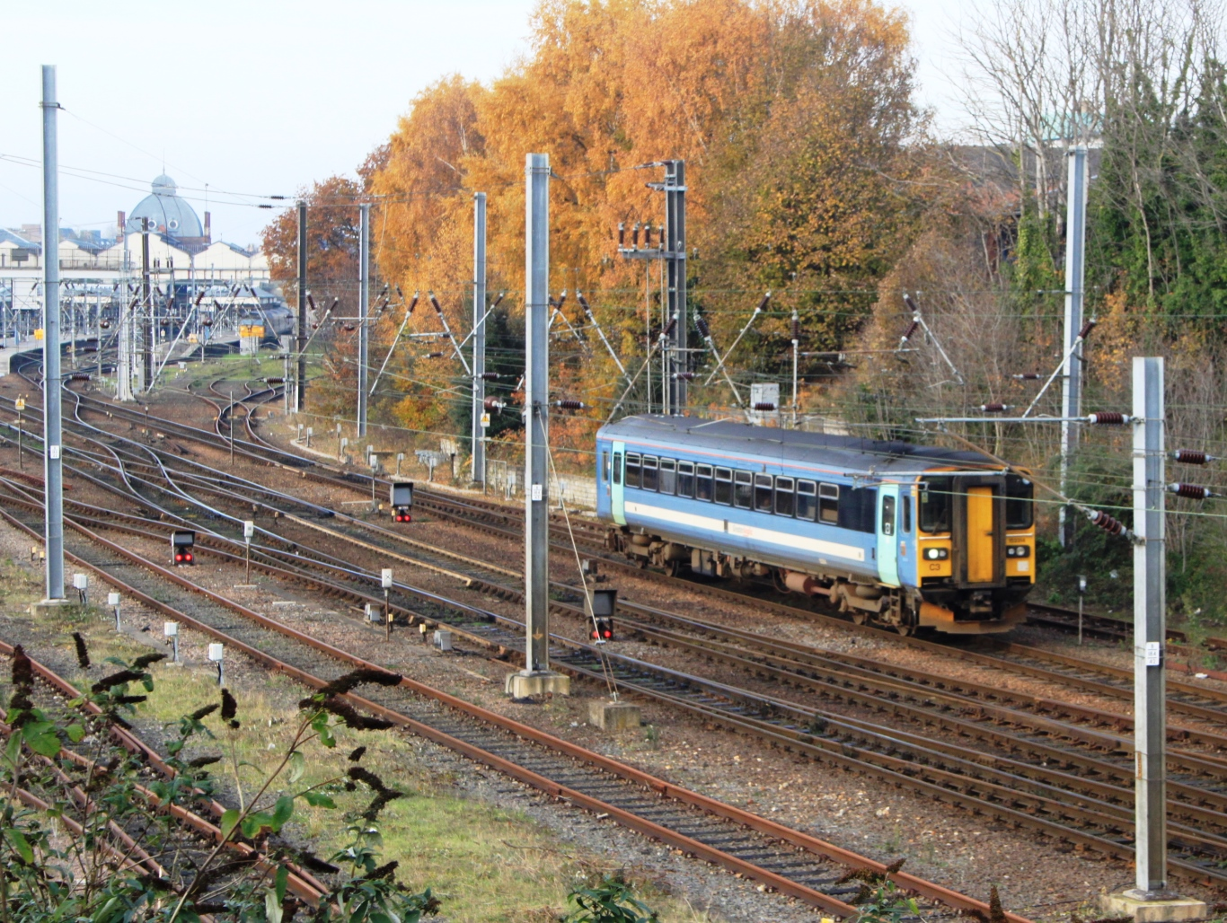 File:Norwich - Greater Anglia 153314 leaving for Lowestoft.jpg