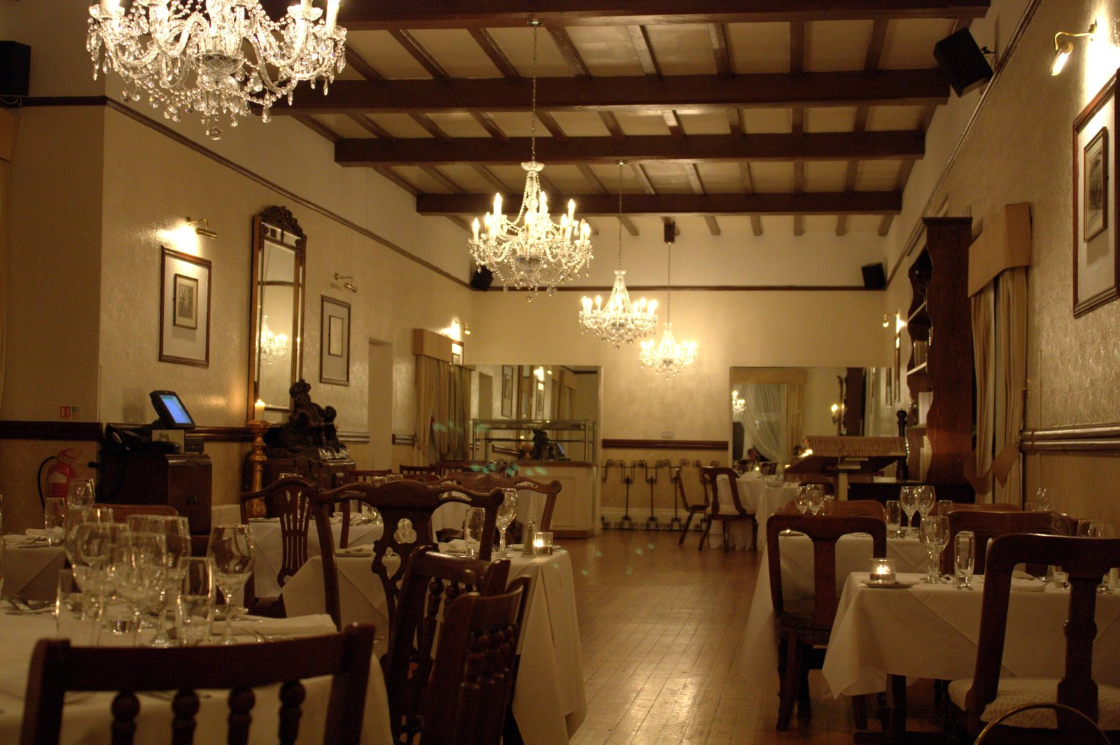 File otterburn hall hotel dining wikimedia commons for Dining room suites images