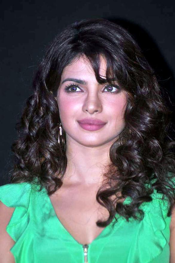 Description Priyanka Chopra At The Launch Of Barfi Promo