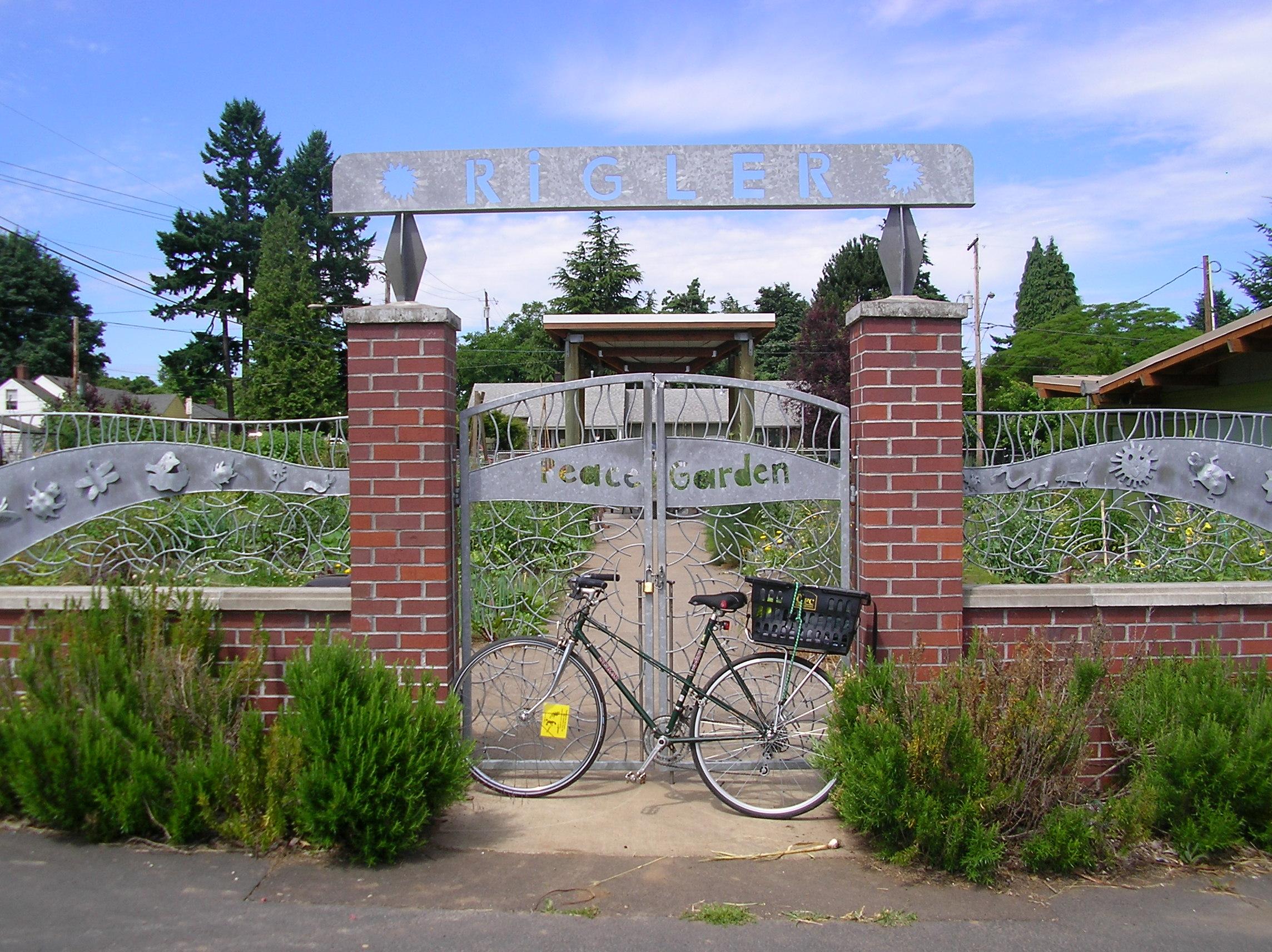FileRigler Community Garden Portland Oregon