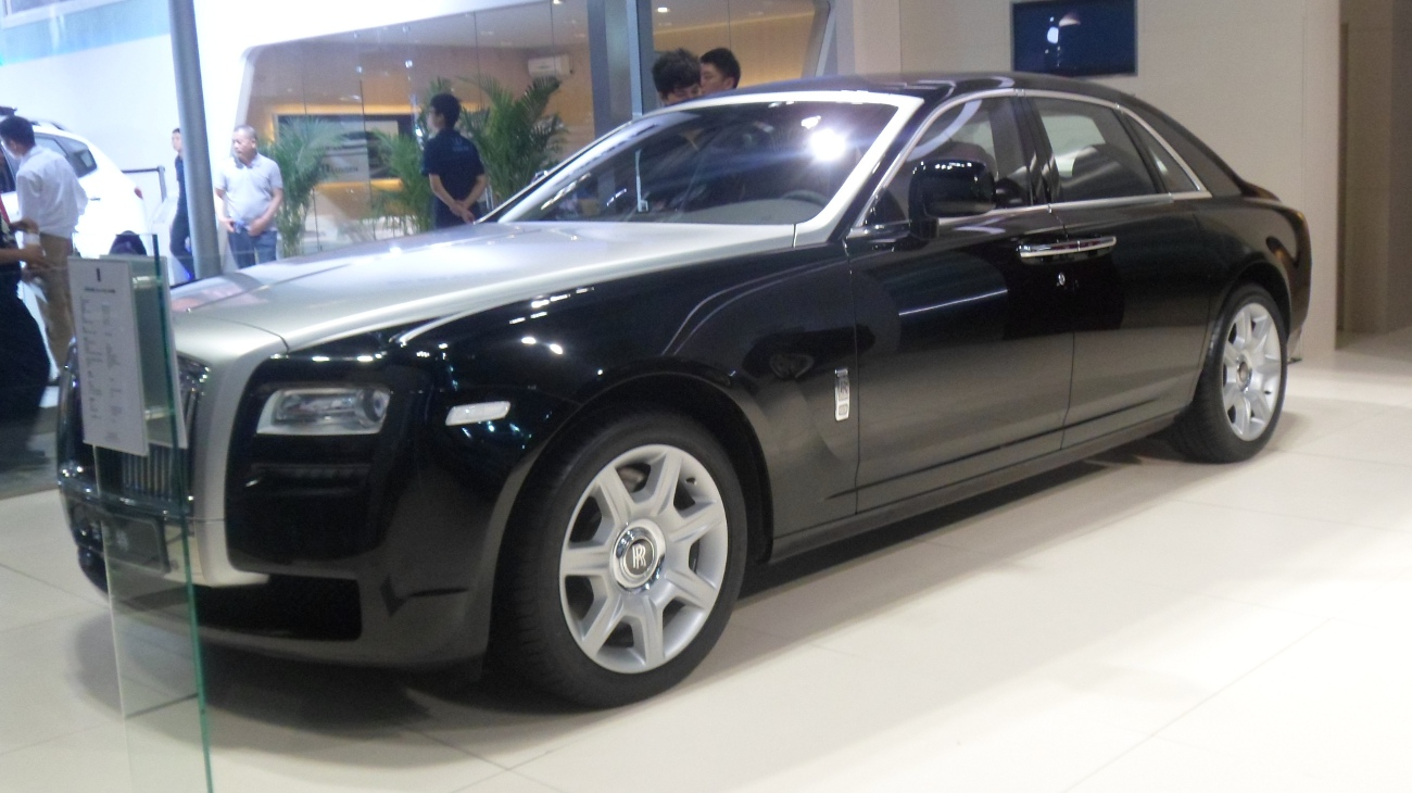 file rolls royce ghost auto chongqing 2012 06 07 jpg. Black Bedroom Furniture Sets. Home Design Ideas