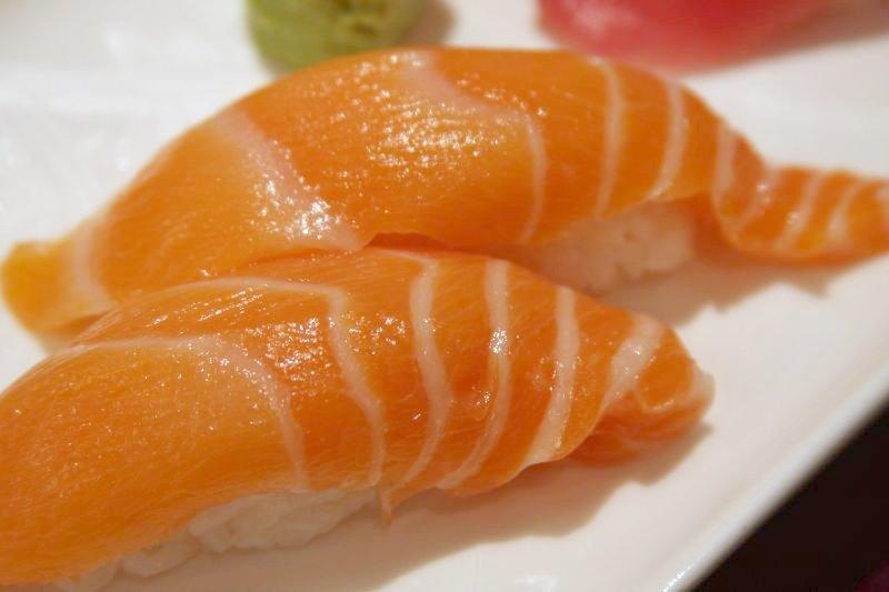 File:Salmon Nigiri Sushi, 2008.jpg