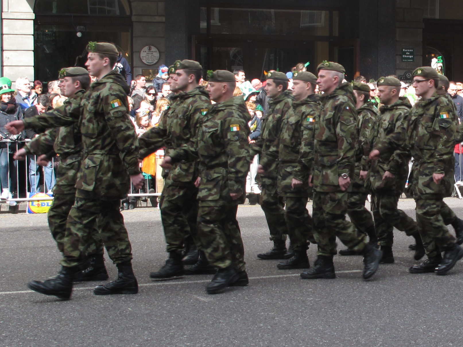 modern irish army uniform military wiki fandom powered