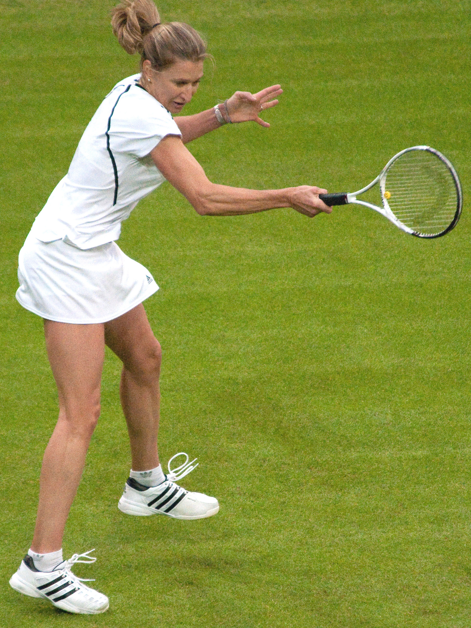 Images Steffi Graf Top file:steffi graf (wimbledon 2009) 13 (cropped) - wikimedia commons