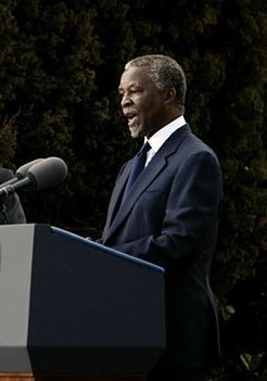 Thabo Mbeki speak to the media at the Guest Ho...