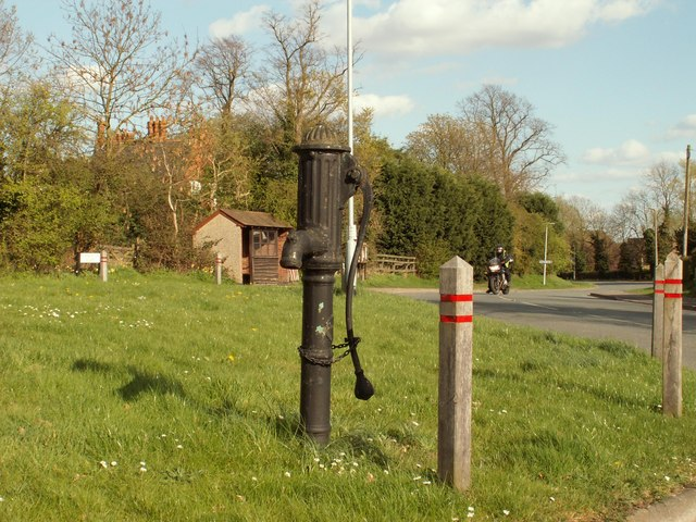 The village pump at Toft - geograph.org.uk - 1243926