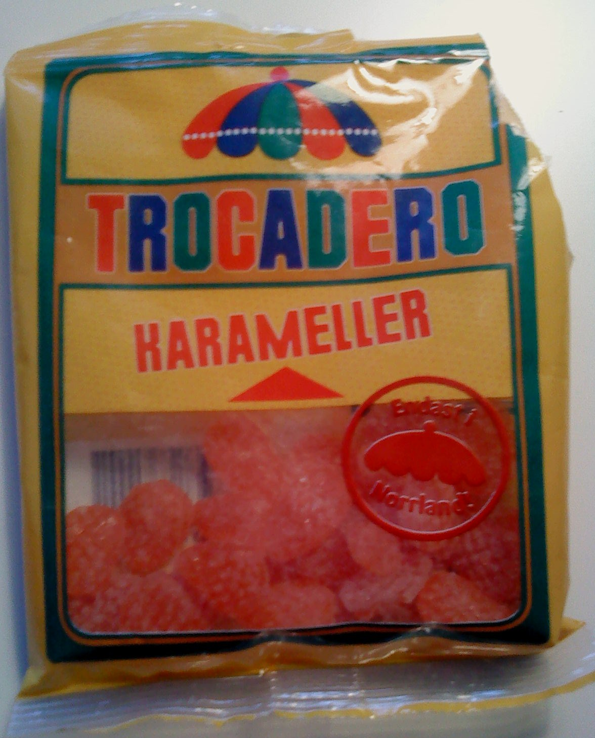 http://upload.wikimedia.org/wikipedia/commons/a/a3/Trocadero_karameller.JPG