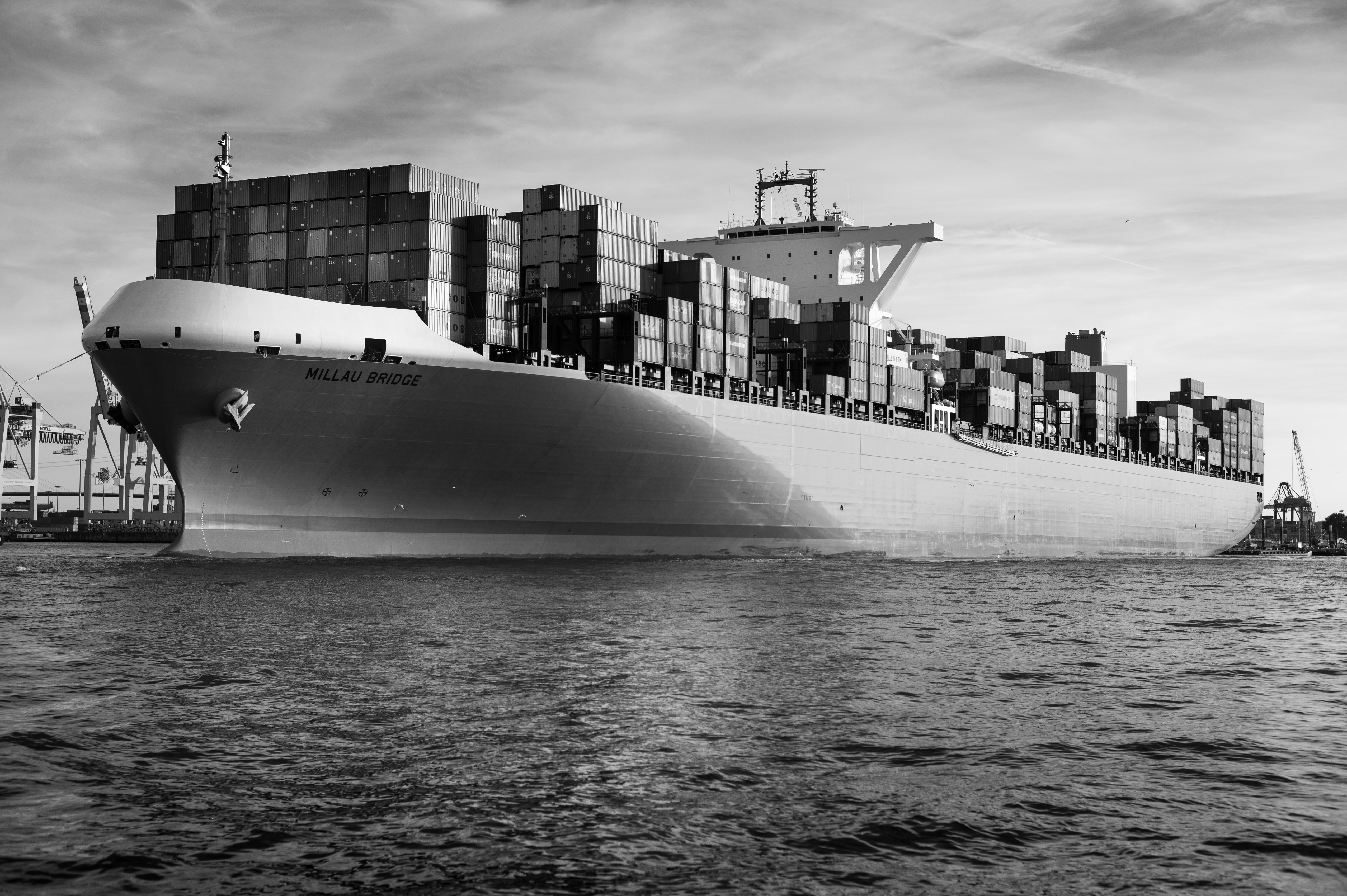 File:ULCS Millau Bridge K Line port of Hamburg Germany.jpg ...