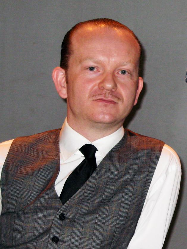 Schmidt at MUTEK10, Montreal in 2009
