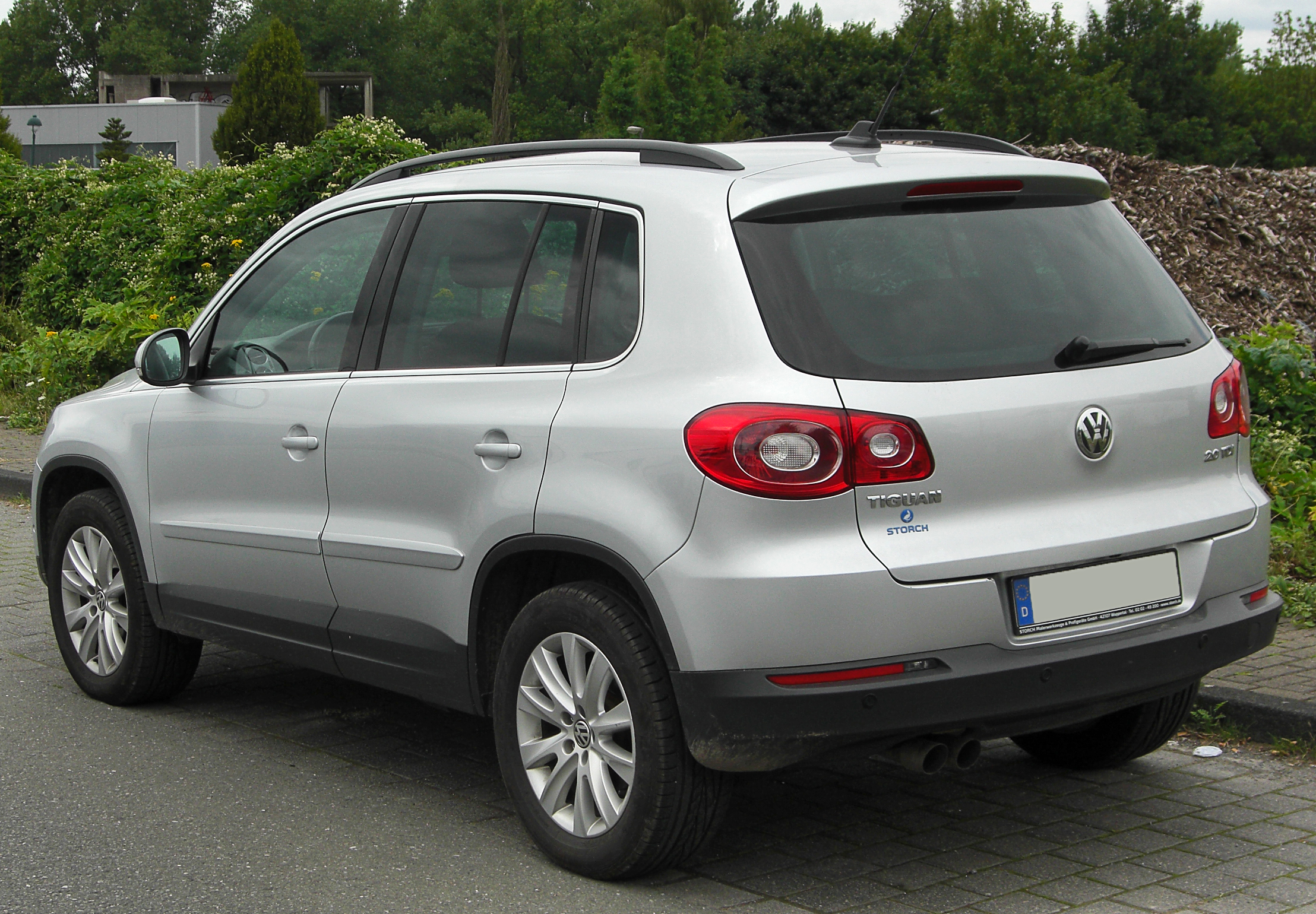 file vw tiguan 2 0 tdi rear wikimedia commons. Black Bedroom Furniture Sets. Home Design Ideas
