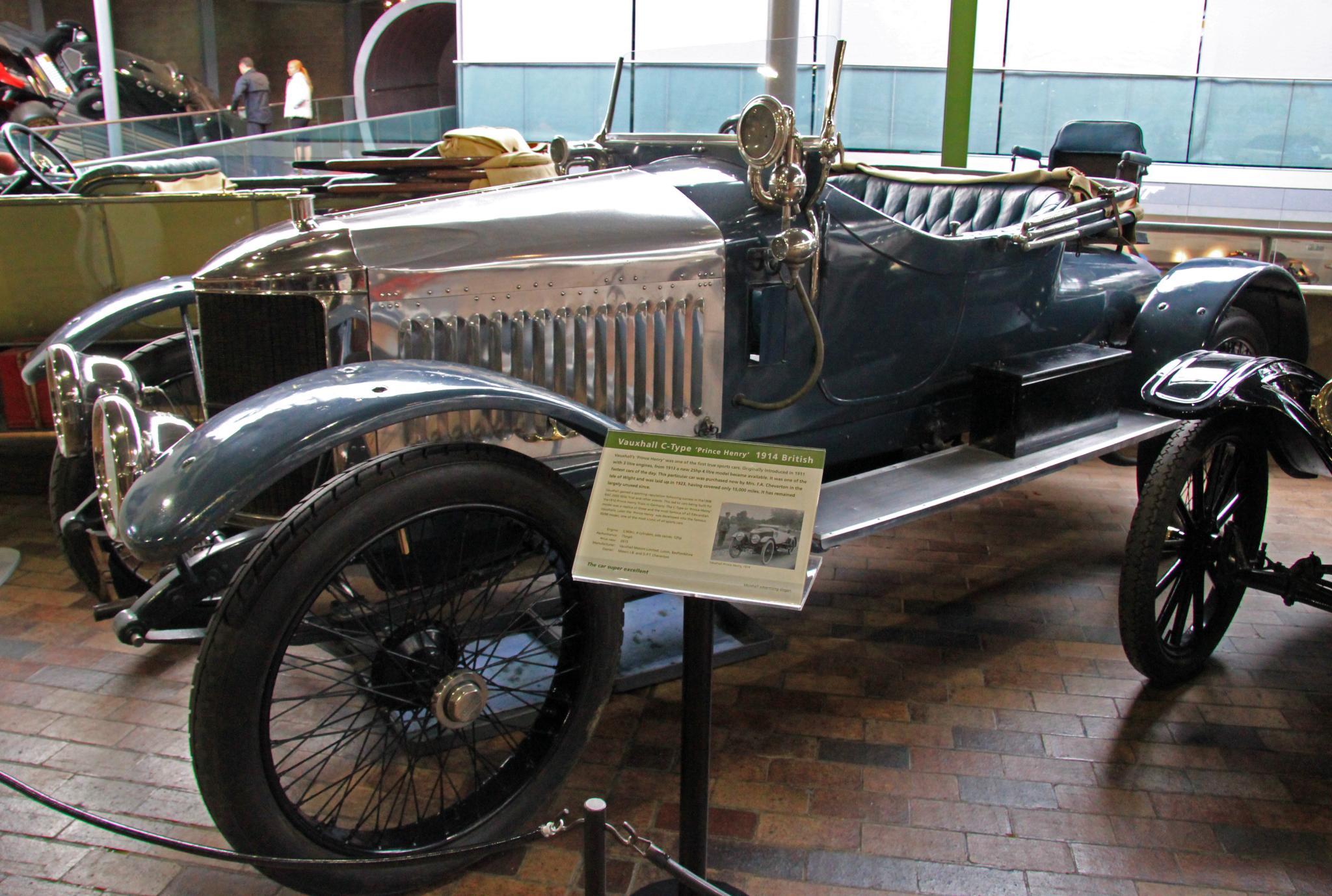 File Vauxhall Beaulieu National Motor Museum 8577414073
