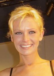 Www.Vivian Schmitt