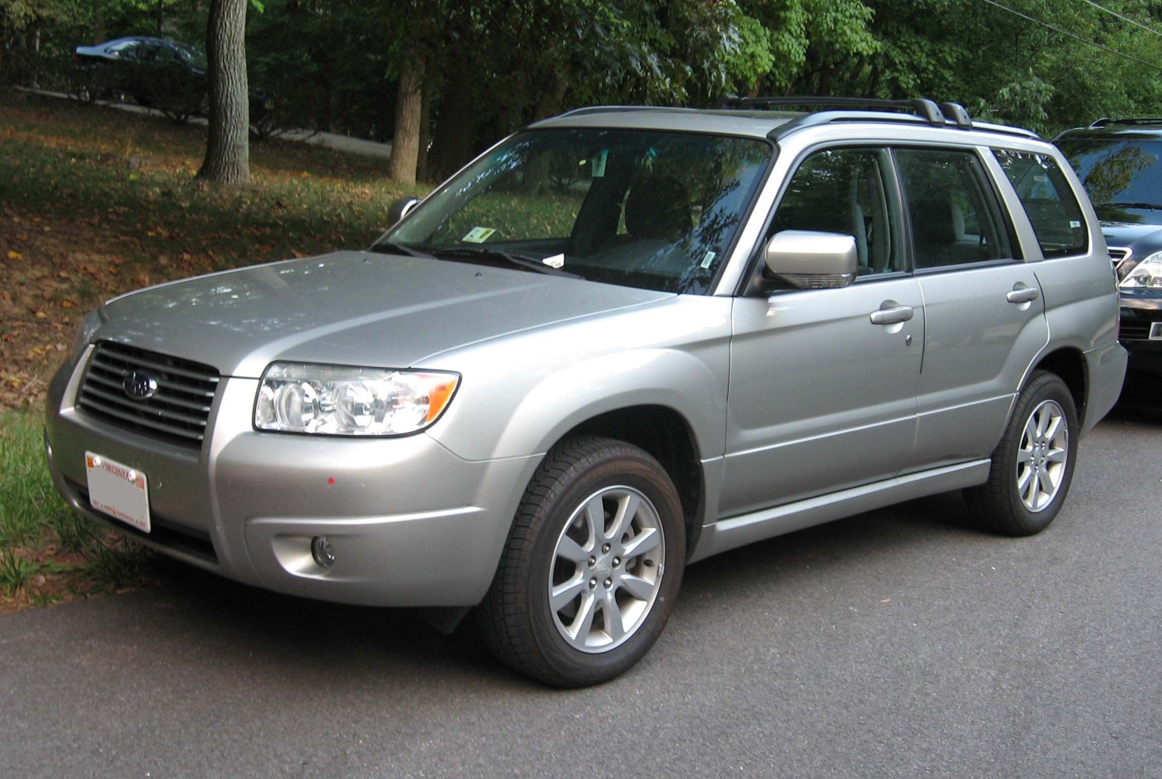 File:06-07 Subaru Forester XS.jpg - Wikimedia Commons