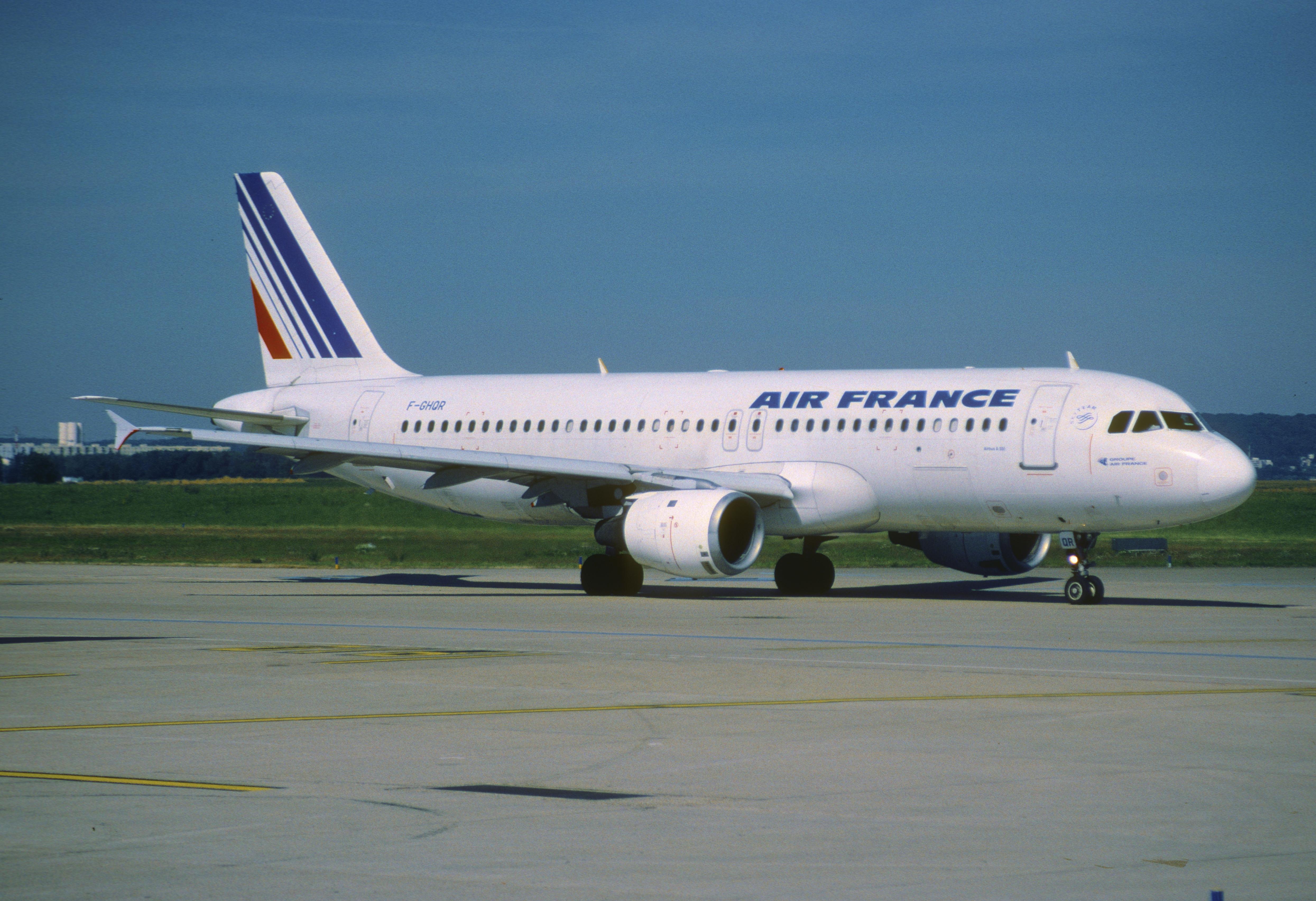 File 146ac air france airbus a320 211 f ghqr ory for Airbus a320 air france interieur