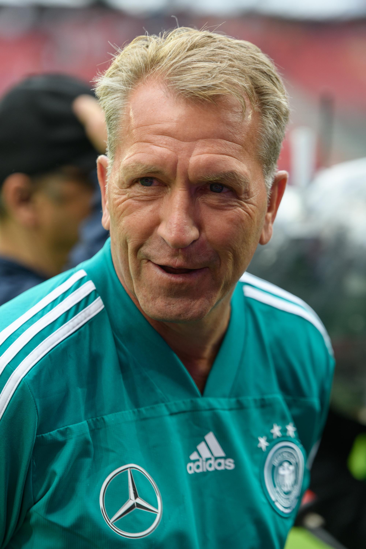 Немецкий футбольный вратарь