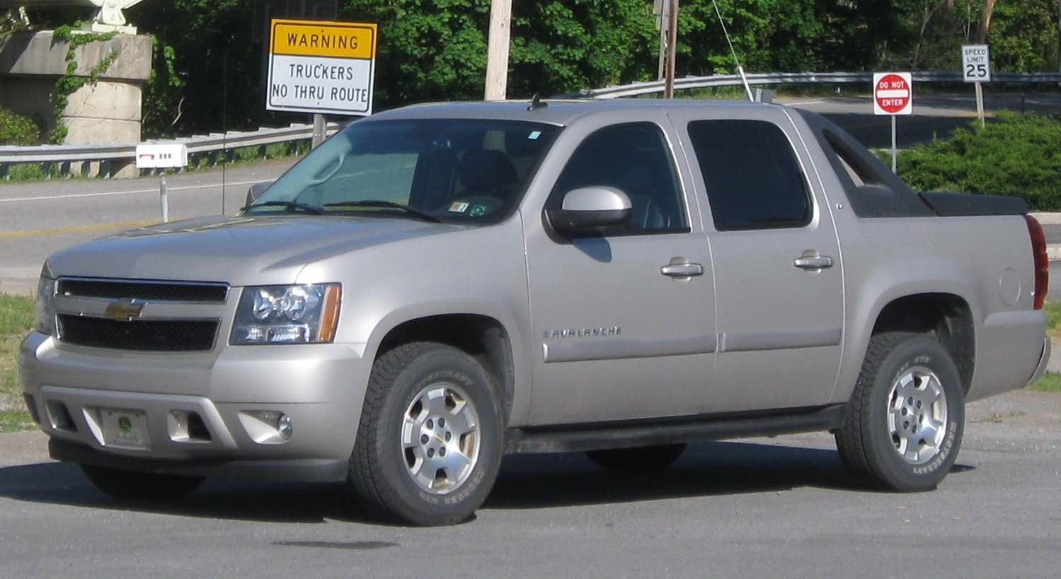2007 Chevrolet Avalanche LTZ Review  YouTube