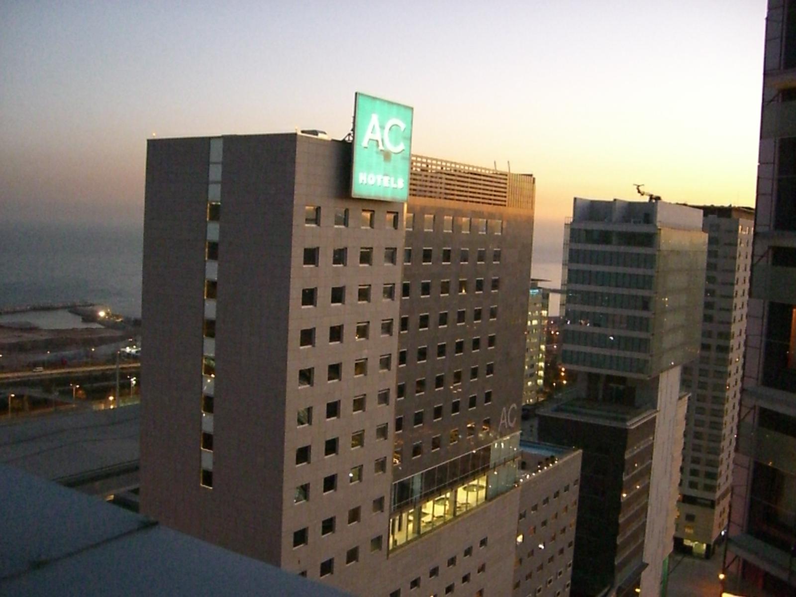 Hotel In Barcelona In Der Nahe Der Hafen