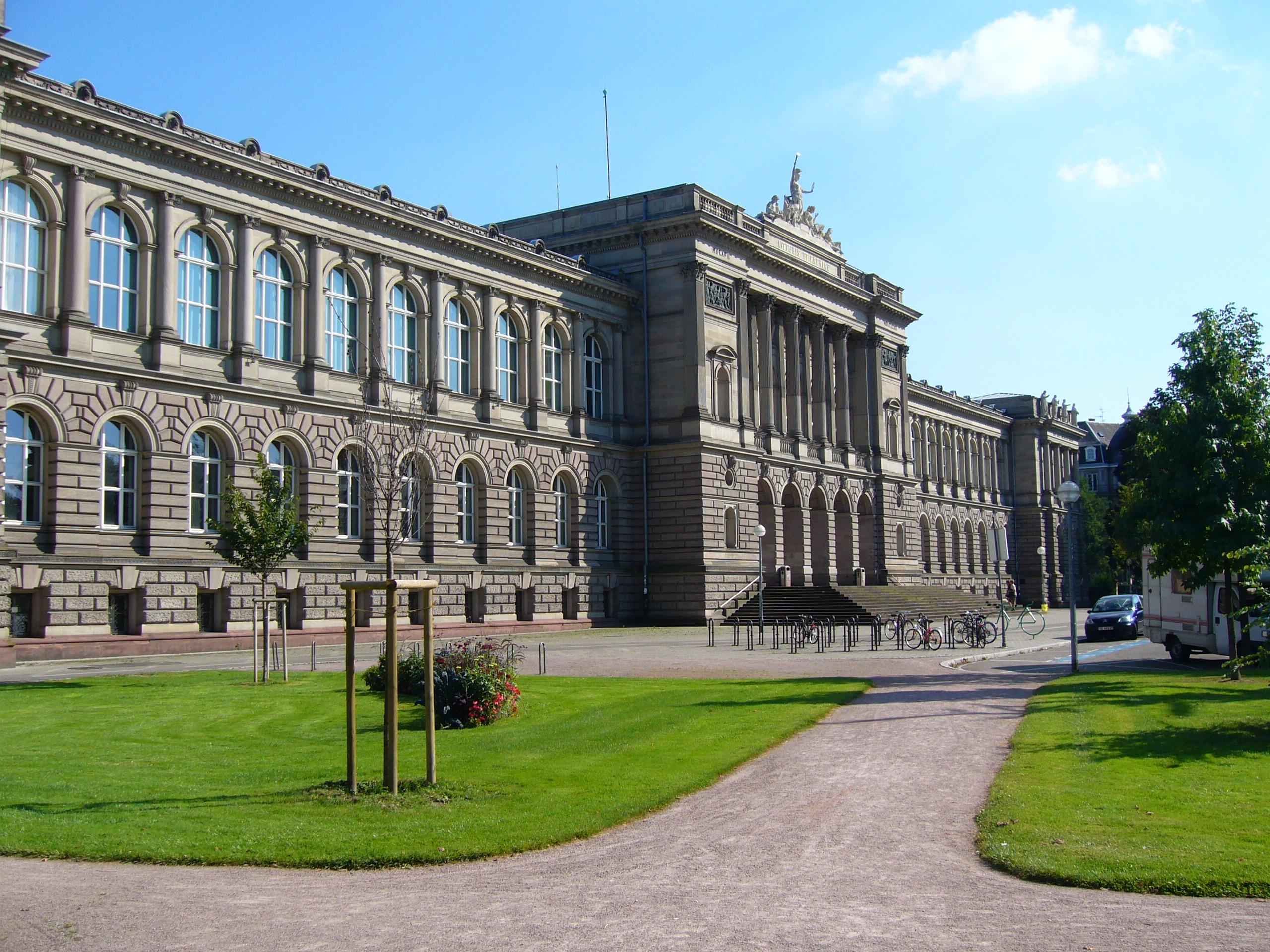 افضل جامعات علم الأحياء والكيمياء الحيوية في فرنسا - جامعة ستراسبورغ