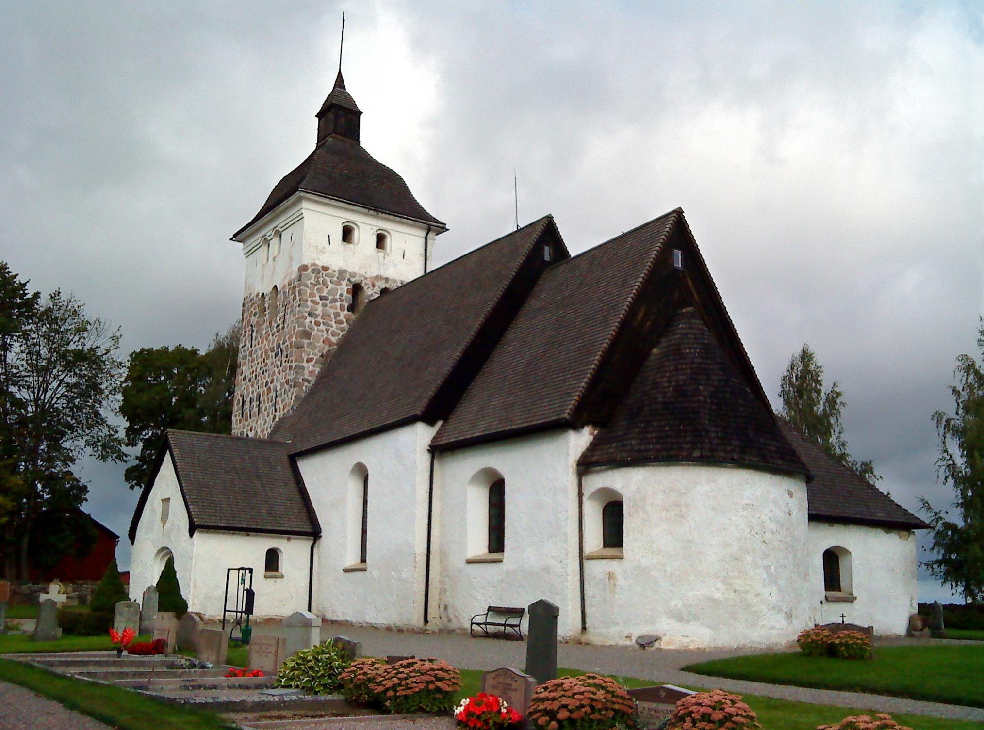 Jumkil Church - Wikipedia
