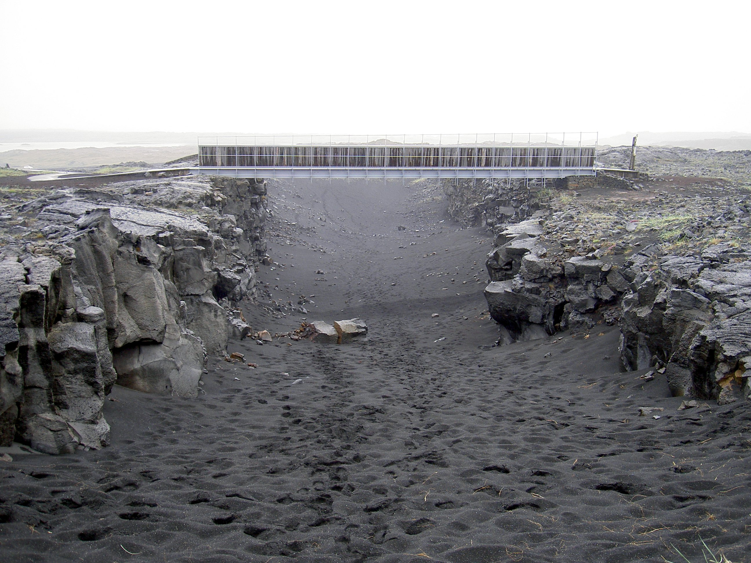 Filebridge Across Continents Icelandg Wikimedia Commons