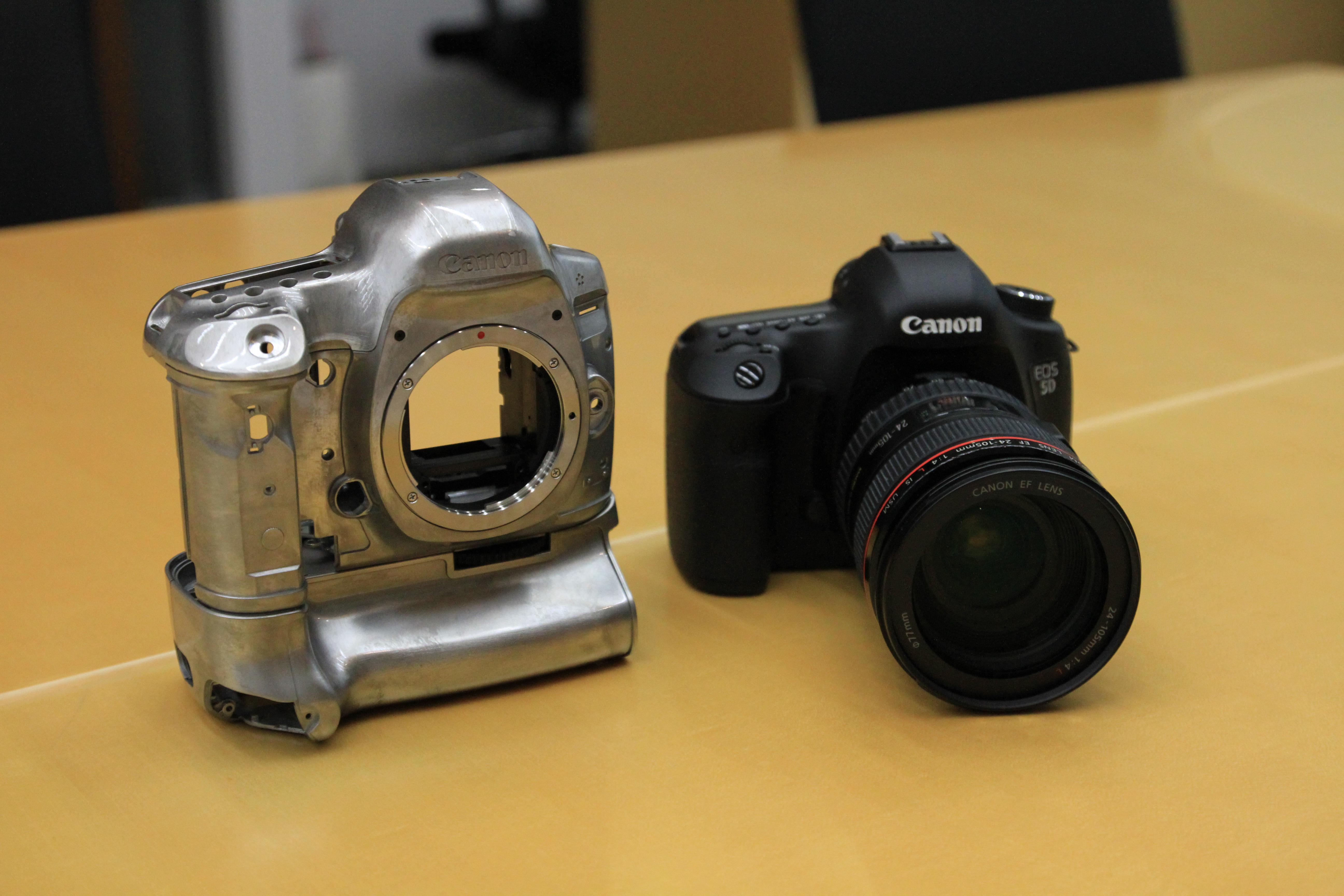 File Canon Eos 5d Mark Iii 16 Jpg Wikimedia Commons