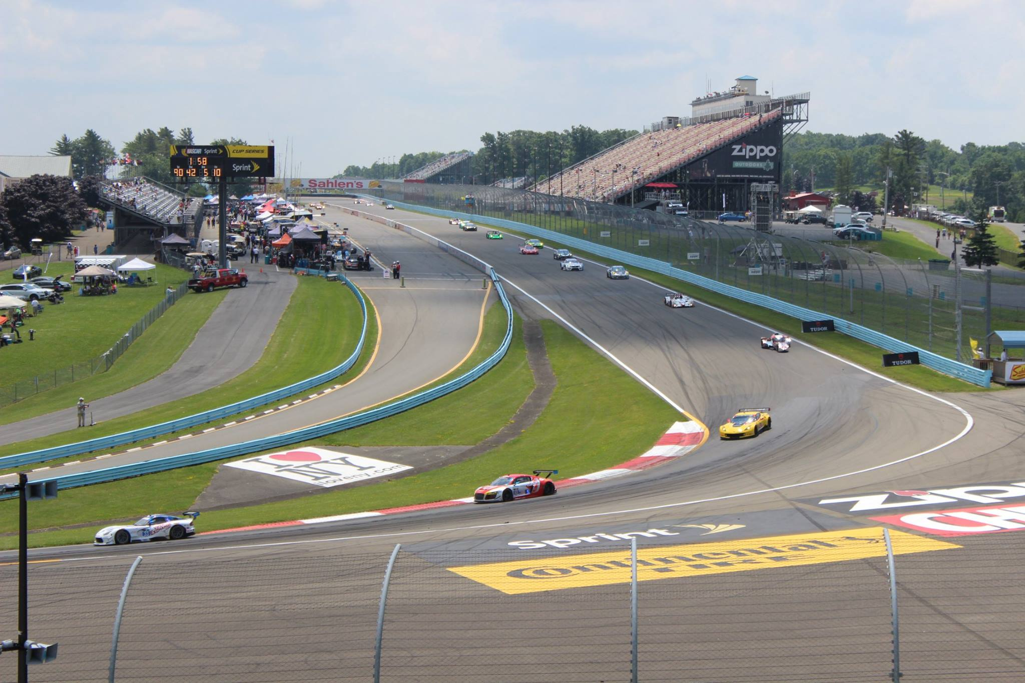 Circuito Watkins Glen : Gp of watkins glen gts gtsa rd pirelli world challenge
