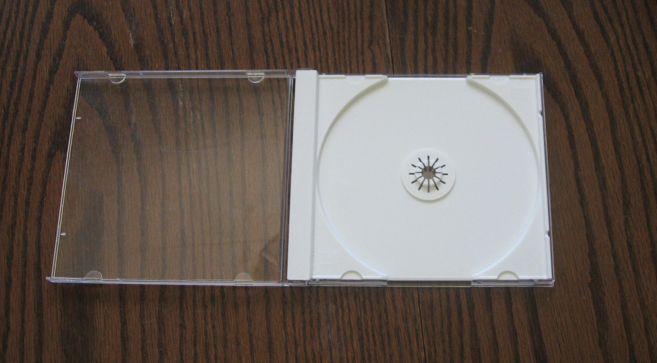 File:Cd jewel case, no art, right angle.jpg - Wikimedia Commons