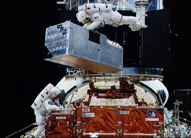 COSTAR מותקן בטלסקופ החלל - הפודקאסט עושים היסטוריה