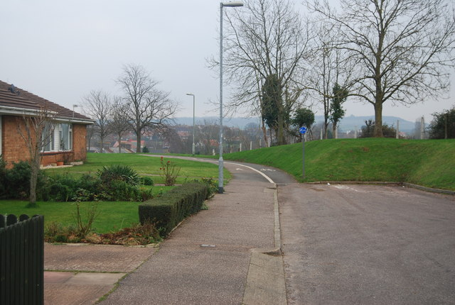 File:Cycleway 2 leading off the end of Jarvis Close - geograph.org.uk - 1111504.jpg