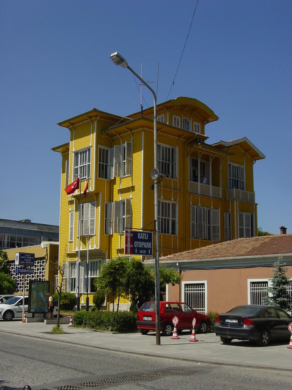 Casa Di Legno Costi file:dsc04101 istanbul - casa in legno - foto g. dall'orto
