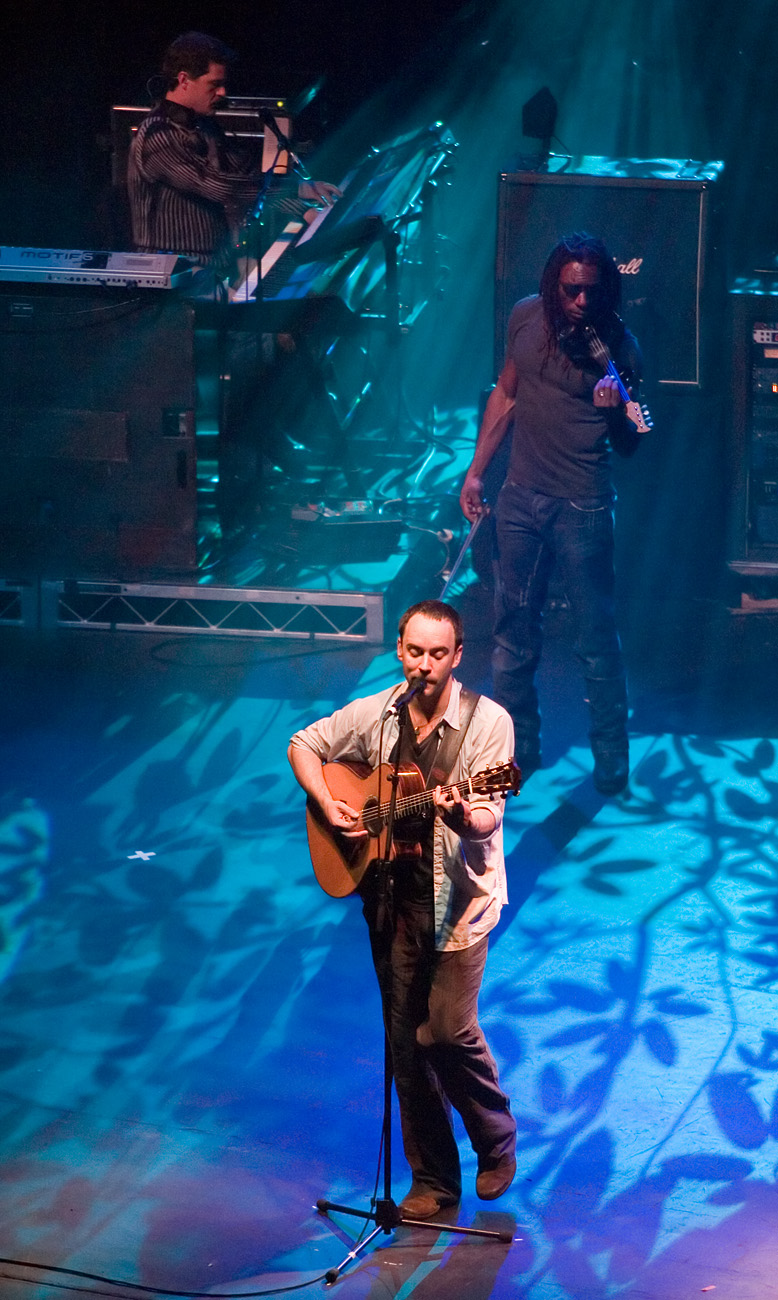 a history of the dave matthews band Dave matthews performs during a dave matthews band has sold more than 38 million cds and dvds combined the band is the first in history to have six.