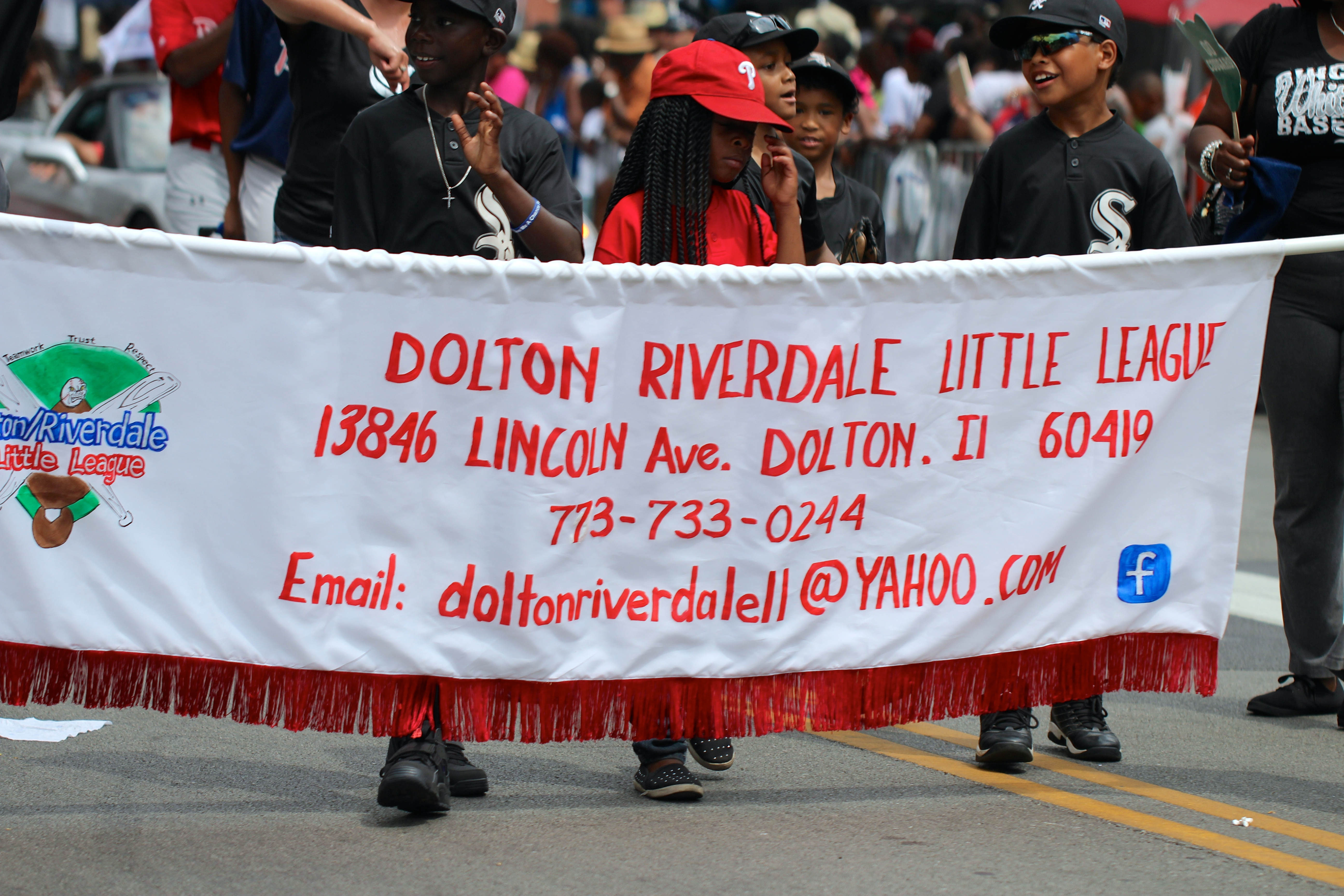 File:Dolton Riverdale Little League at the Bud Billiken Parade 2015